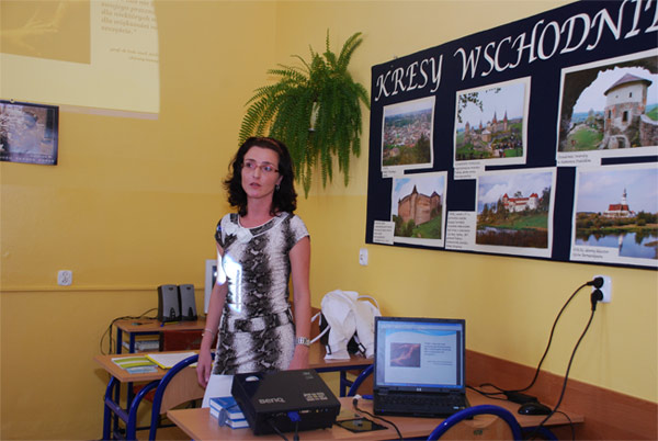 Pani Anita Kafel podczas jednego z wykładów.